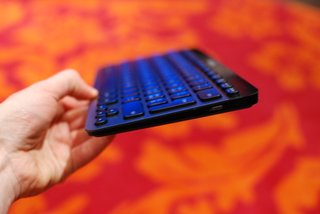 logitech windows 8 keyboards k810 g710 and washable k310 pictures and hands on image 3