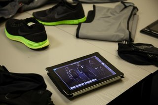 hands on nike shield wet weather running kit review image 4