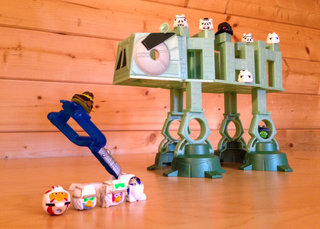 Star Wars Angry Birds AT-AT battle game pictures and hands-on