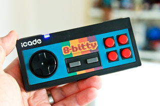 icade 8 bitty wireless game controller for iphone and ipad pictures and hands on image 1