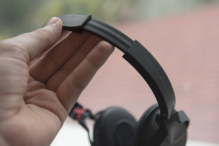 hands on pioneer se nc21m noise cancelling headphones review image 7