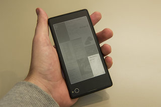 yota devices yotaphone dual screen smartphone meets ebook reader pictures and hands on image 8