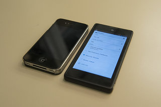 yota devices yotaphone dual screen smartphone meets ebook reader pictures and hands on image 9