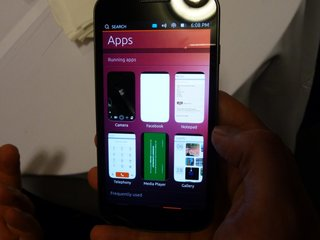 ubuntu phone pictures and hands on image 8