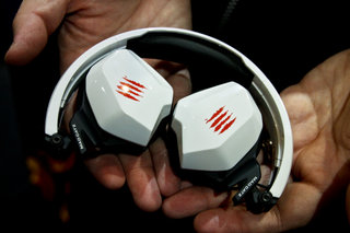 mad catz gamesmart universal mice headset and controller pictures and hands on image 9