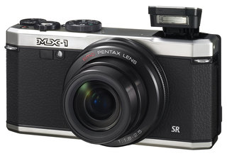 Pentax MX-1 high-end compact offer high-end features, retro styling
