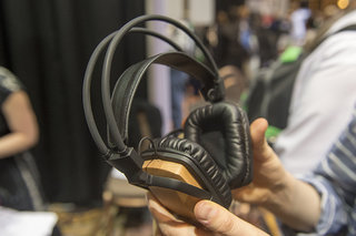 griffin woodtones over ear headphones pictures and hands on image 2