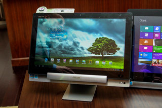 asus transformer aio p1801 is a win 8 desktop by day giant android tablet by night we go hands on image 3