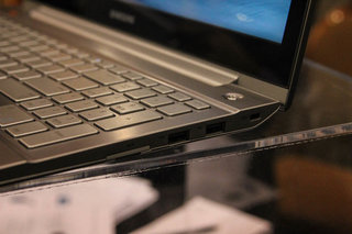 the samsung series 7 chronos pictures and hands on image 7
