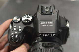 fujifilm finepix hs50exr superzoom camera pictures and hands on image 5