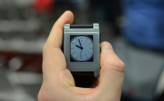 pebble smart watch pictures and hands on image 7