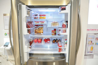 lg smart fridge pictures and hands on image 1