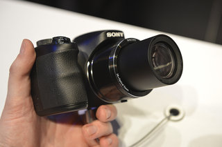 sony cyber shot h200 superzoom pictures and hands on image 5