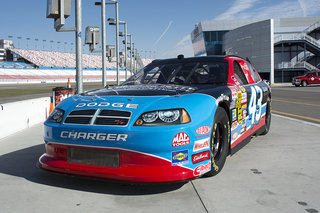 NASCAR: What it's like to race a stock car