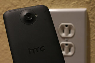 O2 and HTC sell four-in-every-five HTC One X+s charger free, in deliberate ploy to be more green