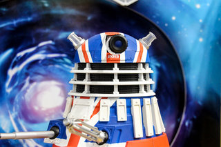 doctor who limited collector s edition union jack dalek pictures and hands on image 1