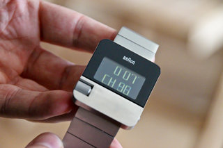 braun prestige bn10 digital watch pictures and hands on image 3