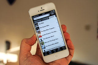 Spotify enters new negotiations with labels, wants to move free model to smartphone