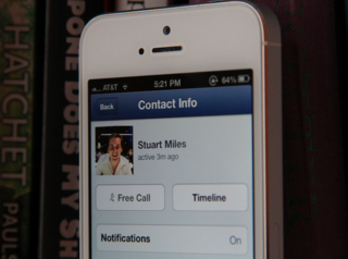 Facebook for iOS updated with free voice calling over Wi-Fi