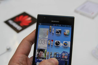 huawei ascend p2 pictures and hands on image 12