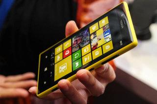 Nokia Lumia 720 pictures and hands-on