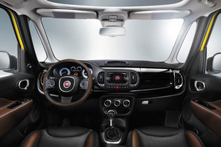 TomTom powering in-dash navigation for Fiat, debuts on Fiat 500L