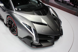 lamborghini veneno pictures and eyes on image 15