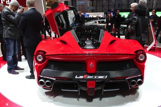 ferrari laferrari pictures and eyes on image 15