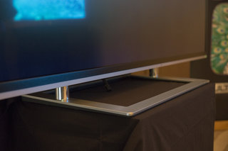 toshiba 84 inch 4k series 9 tv pictures and eyes on image 4