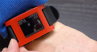 Pebble Smartwatch gets Mario-inspired makeover