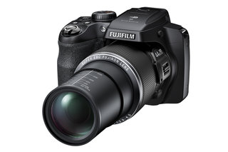 Fujifilm FinePix S8400W adds Wi-Fi to your 44x superzoom camera