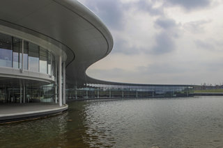 inside the mclaren technology centre image 2