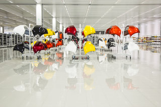 inside the mclaren technology centre image 5