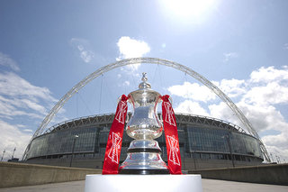 FA Cup semi-finals to be first to feature social networkers pitchside