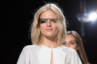 Google Glass tech specs revealed, as developer API for Glassware documented