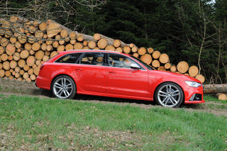 audi rs6 avant pictures and hands on image 10