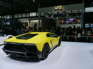 lamborghini aventador lp720 4 50° pictures and eyes on image 4