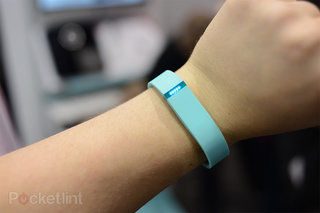 Fitbit Flex fitness wristband now available for $100