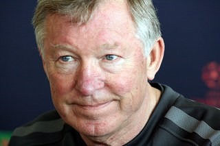 Twitter explodes with the news of Sir Alex Ferguson's retirement from Manchester United