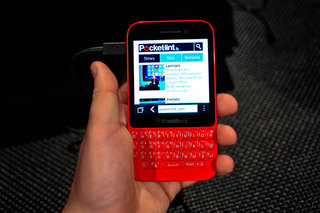 BlackBerry Q5 pictures and hands-on