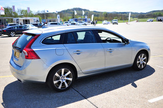 Volvo V60 D6 plug-in hybrid pictures and hands-on