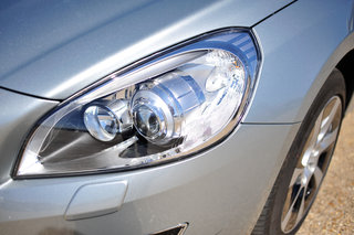 volvo v60 d6 plug in hybrid pictures and hands on image 4