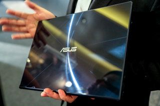 Asus Zenbook Infinity pictures and eyes-on: Gorilla Glass 3 lid, Haswell and more