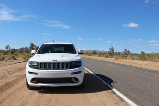 jeep grand cherokee srt image 13