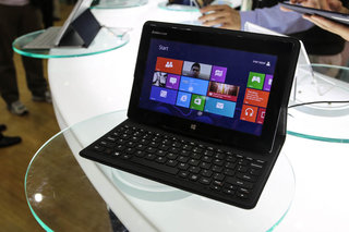 Lenovo MIIX 10 pictures and hands-on