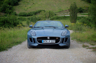 jaguar f type pictures and first drive image 2