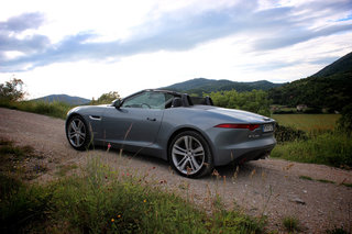jaguar f type pictures and first drive image 3
