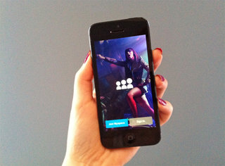 Redesigned MySpace for iOS adds animated GIFs, social radio and more