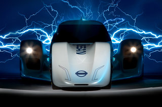 Nissan ZEOD RC: World's first 300kph electric racing car