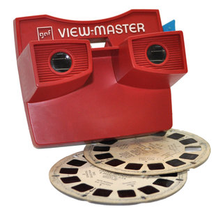 turn your iphone into a 3d camera with poppy a hark back to the view master 3 d image 5